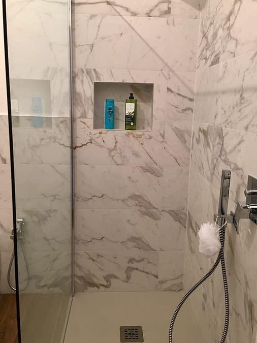 piatto-doccia-livello-del-pavimento